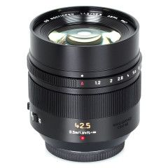 Panasonic Leica DG Noctricon 42.5mm f/1.2 ASPH - Zwart