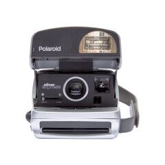 Polaroid Originals Refurbished 600 camera - round