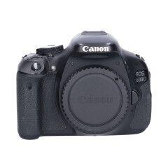 Tweedehands Canon Eos 600D Body Sn.:CM4182
