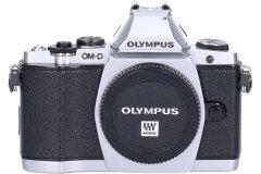 Tweedehands Olympus E-M5 body zilver CM7789